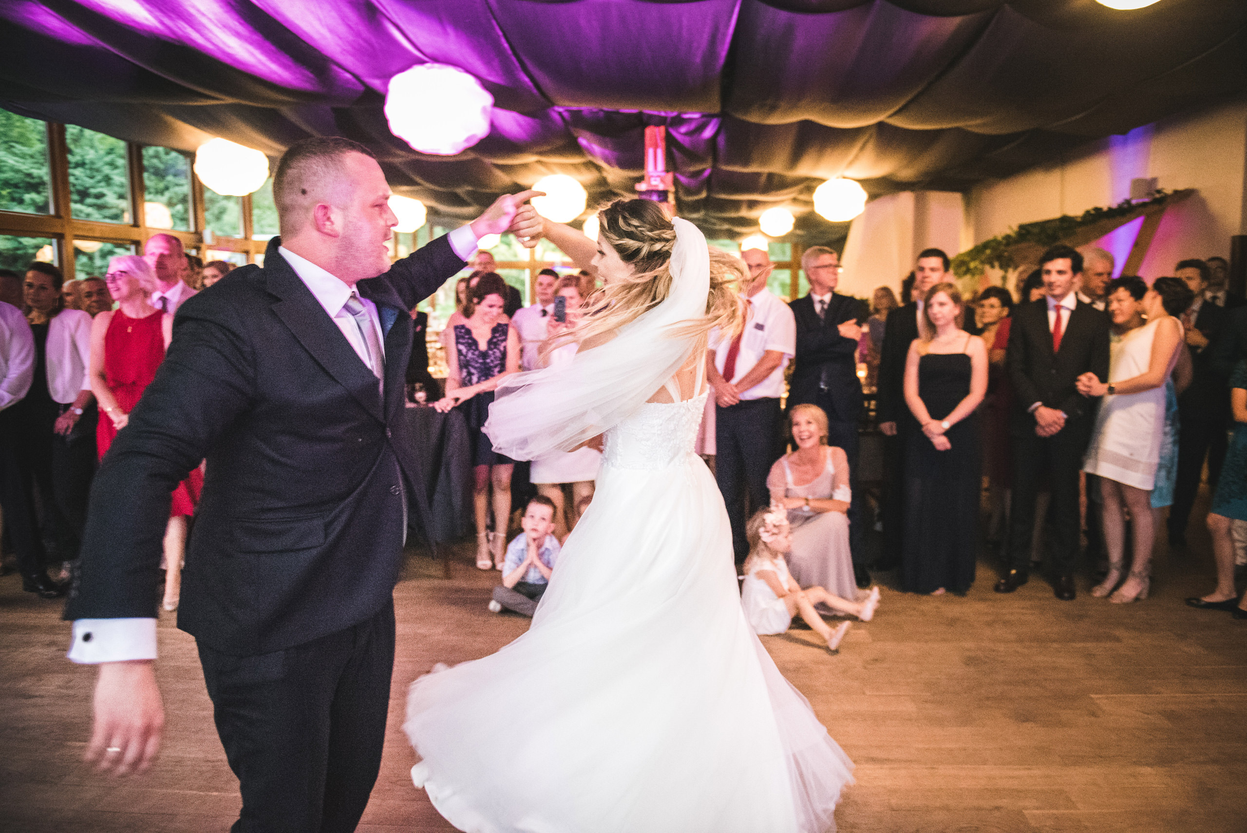 fotograf slubny warszawa 046 pomiechowek osrodek zacisze anny korcz pierwszy taniec laurellefashion